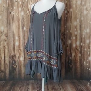 Exist Medium boho cold shoulder embroidered tunic